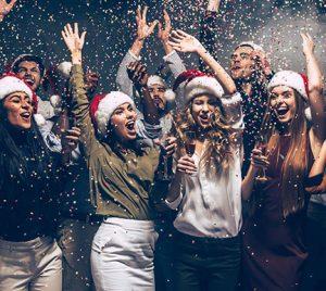 En España, 1 de cada 3 trabajadores sigue recibiendo obsequio de Navidad por parte de la empresa
